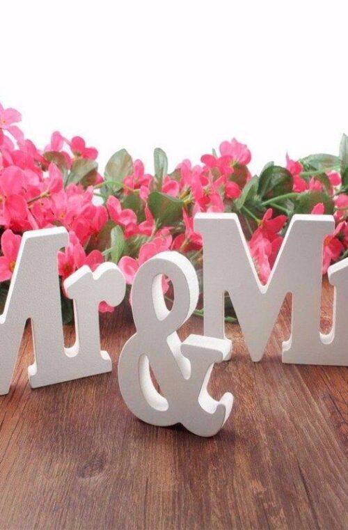 Bröllopsdekoration Mr & Mrs