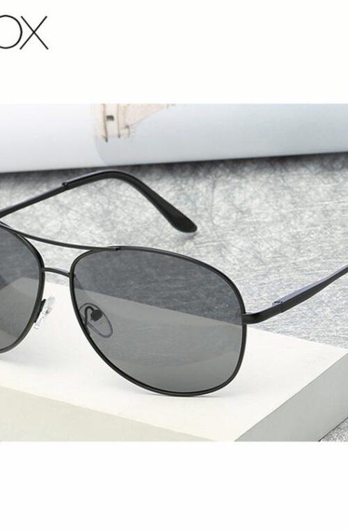 Solglasögon (Pilot)