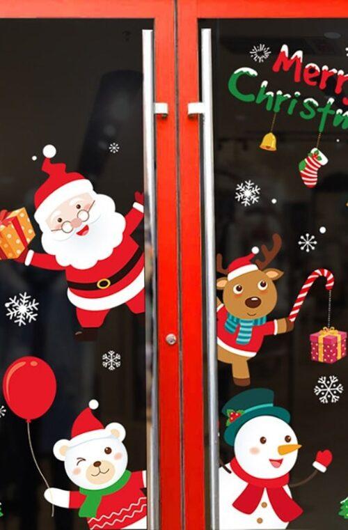 Juldekoration (fönstertomte, gran, ren m.m)