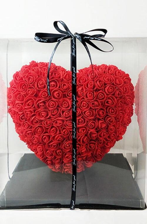 Konstgjorda Rosor i Hjärta