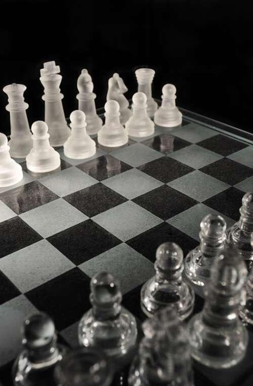 Schackspel (K9 Kristall)