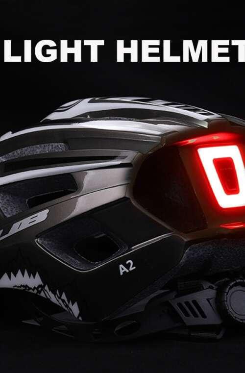 Cykelhjälm med LED