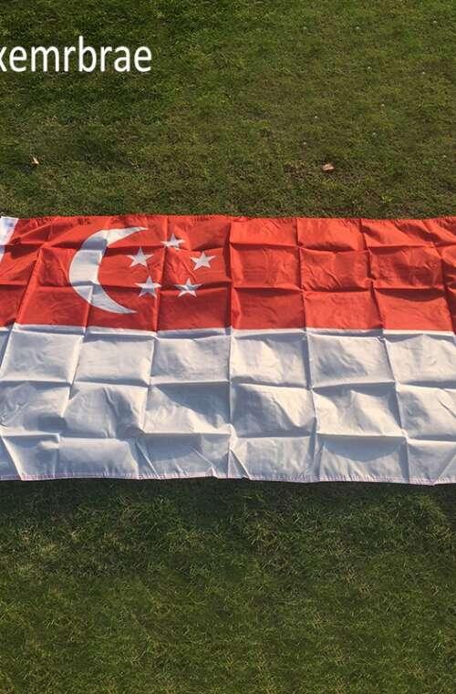 Singapores Flagga (90cm x 150cm)